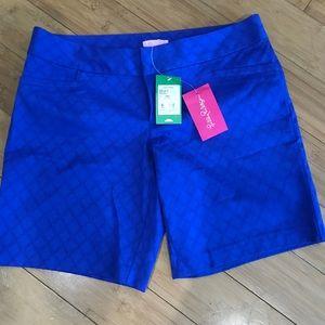 Lilly Pulitzer Gardinia shorts in brilliant blue